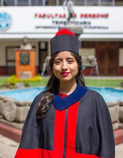 Graduacion Yuli Mazariegos-30